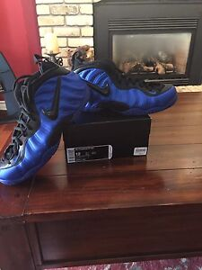 Nike Air Foamposites Blue size 12
