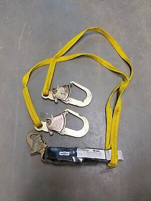 Bigboy 6 440 Lb. Capacity Twin Leg Shock Absorbing Lanyard With Rebar Hooks