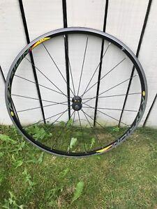 Mavic Ksyrium Équipe roue avant.