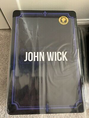 Mezco JOHN WICK Chapter 2 Deluxe Edition One:12 Exclusive Keanu Reeves