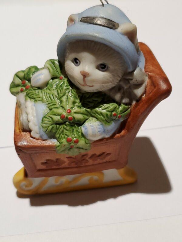 Schmid Christmas Ornament Cat Kitty Cucumber Vintage 1985 Sleigh Holly Cute!