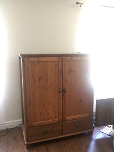 Jolie meuble télévision rustique Ikea