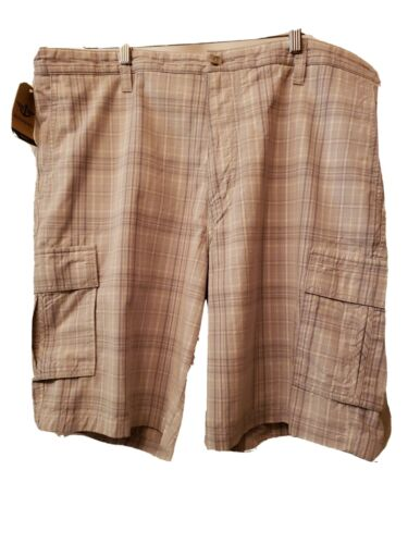 Dockers Golf Plaid Cargo Shorts Men Size 42 Cargo Shorts NEW