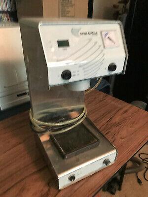 TECHTONGDA Lab Vacuum Mixer Dental Vacuum Mixer Built-in Vacuum Pump Table Type Mixing Machine Blender