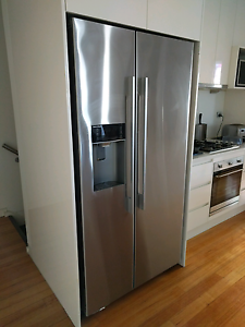 Two door fridge with ice maker Abbotsford Yarra Area Preview