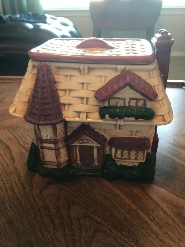 Megan's Reflections TN Retired Flat Lidded Cookie Jar British Cottage Style