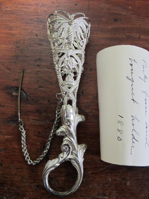 ANTIQUE Art Nouveau SILVER BRIDAL BOUQUET POSEY HOLDER TUSSIE MUSSIE 1880
