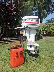 Johnson 20hp outboard Bayview Heights Cairns City Preview