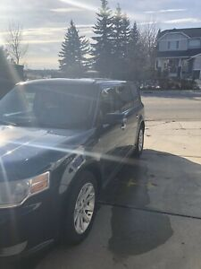 AWD 2009 Ford Flex, Leather 6 seater