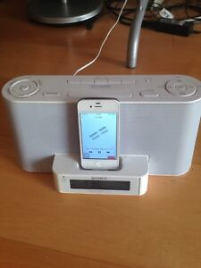 iHome FM Radio includes iPod loaded with over 7000 songs