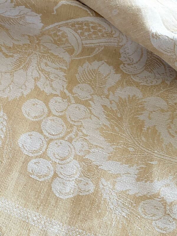 ANTIQUE FIGURAL DAMASK LINEN TABLECLOTH WITH GRAPES AND BOTANICAL REVERSIBLE