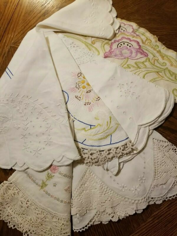 Lot of Vintage Antique Linens Round Small Embroidery Lace Eyelet The Best 7 pcs