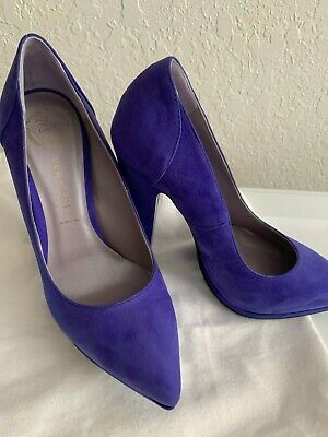 Versace Shoes Heel Pumps Sz 35 SALE