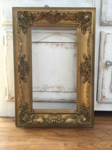 """ANTIQUE GOLD GUILT WOOD GESSO PICTURE FRAME HOLDS 18"""" BY 10"""""""