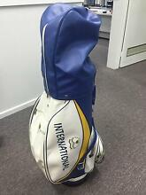 Wilson 1200-GE full set of Clubs and Bag - Excellant Condition Dingley Village Kingston Area Preview