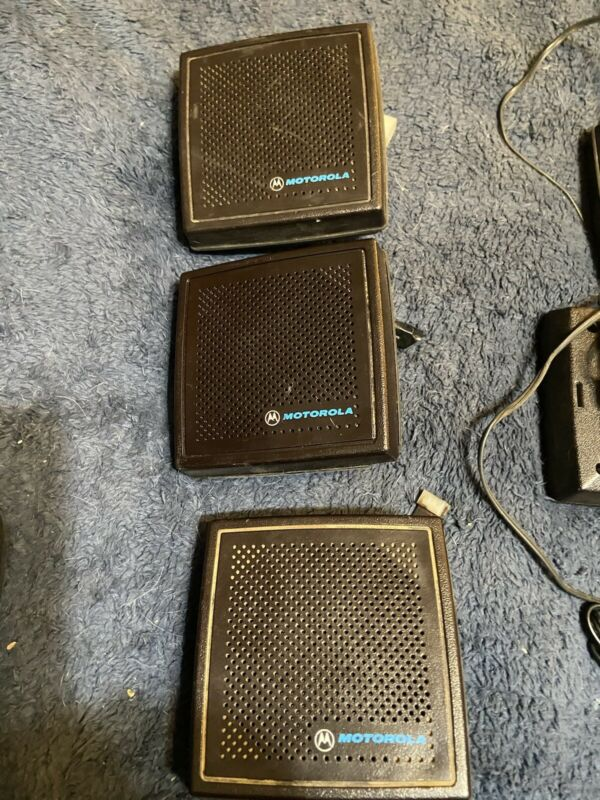 Motorola HSN1000B Amplified Speaker Used