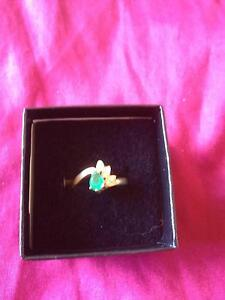 Natural Pear-Cut Emerald and Diamond 9KT Gold Ring Size 6 or 7 Melbourne CBD Melbourne City Preview