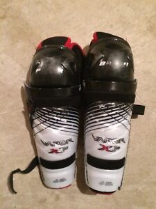Used Bauer Vapor X 3.0  shin guards