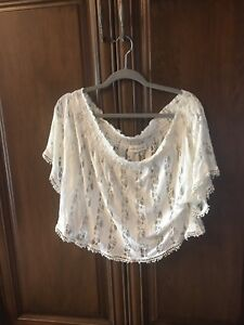 Abercrombie & Fitch top size small