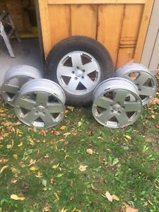 Jeep Rims and spare tire 255/70R/18