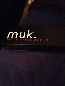 Hair Straightener / Styling Iron Dulwich Hill Marrickville Area Preview