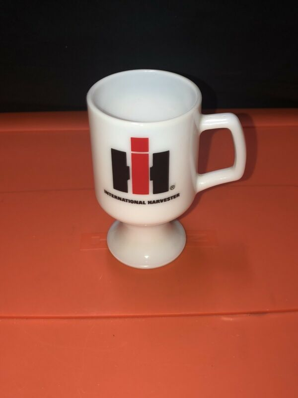 VTG IH International Harvester 1977 Award Pedestal Coffee Mug Milk Glass Cup