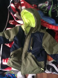 Boys 4T xs winter jacket