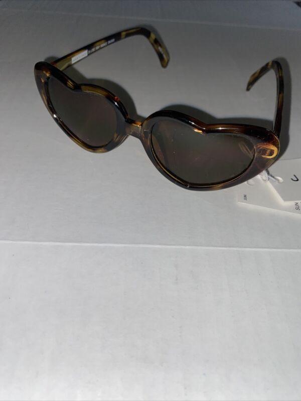 Janie and Jack Leopard Print Heart Sunglasses 2-4 years NWT