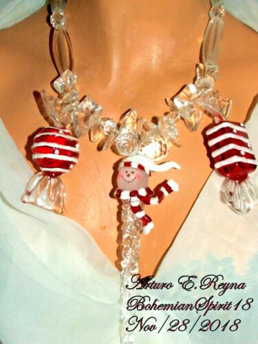 Arturo E.Reyna CHRISTMAS SNOWMAN & CANDIES CLEAR LUCITE CRYSTALS CHARMS NECKLACE