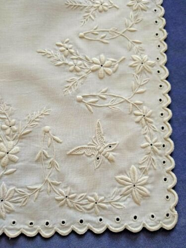 Fine Antique Whitework Embroidery Collar