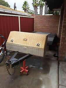 Custom flat top tandem trailer Thornlie Gosnells Area Preview