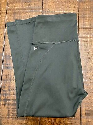 EUC Fabletics Powerhold High Waist Capri Leggings Size XS