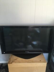 42 inch. Older Panasonic TV VIERA