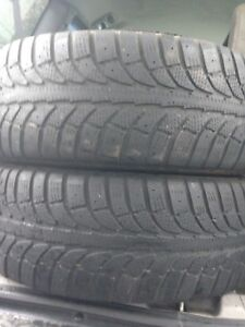 2-225/60R16 Champiro winter tires