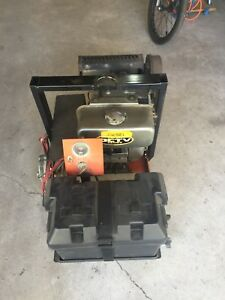 Kubota 12 volt Solor battery bank charger
