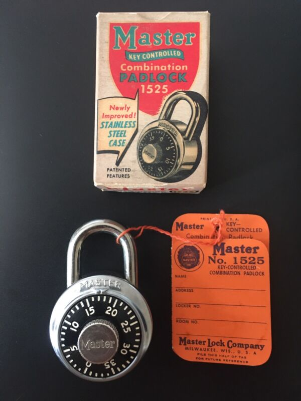 Master Lock Company key controlled combination padlock 1525 Made In USA Vintage