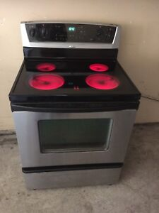 Whirlpool fully working STOVE can DELIVER