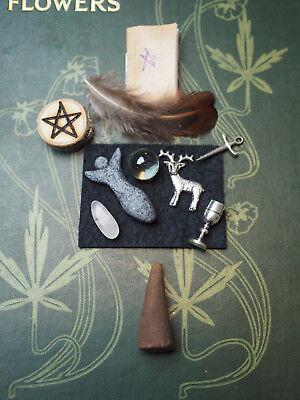 Pocket Wiccan Altar Set - chalice, athame, wand, pentagram ...