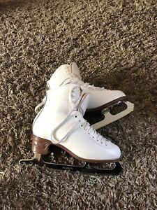 Jackson Figure Skates!!