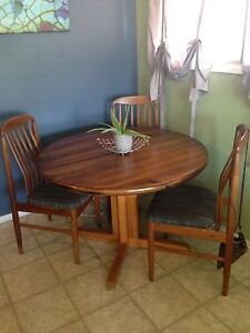 Nice real wooden dinning table $120 OBO