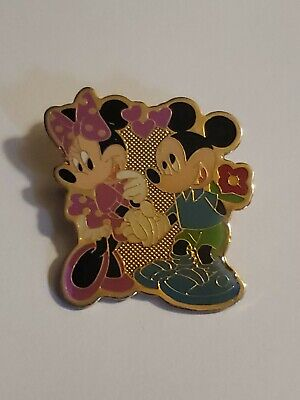 Vintage AAI Disney Mickey Mouse & Minnie Mouse Flower Heart Love Gold Pin