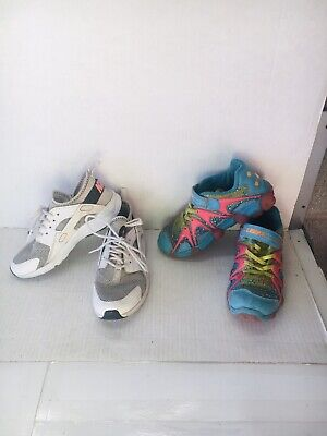 Lot Of 2 Girls Shoes For Kids Size 1. Nike Huaraches & Leepz