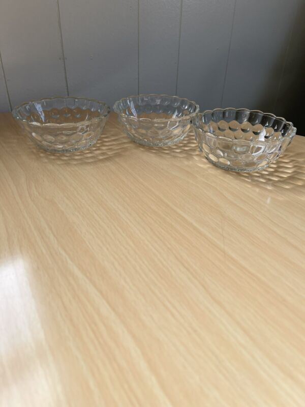 """Vintage Anchor Hocking Clear Glass  """"Bubble"""" Pattern Berry Bowls Set Of 3"""