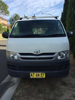 2007 Toyota hiace Manual Gas and petrol excellent condition