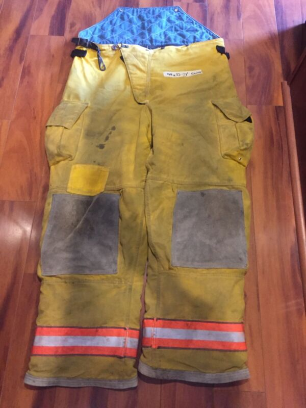 Cairns Firefighter Bunker TurnOut Pants 44x32 2007 Bob Style Costume