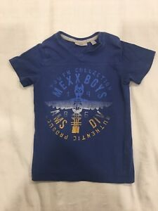 Mexx Baby tees. Size 24-30m