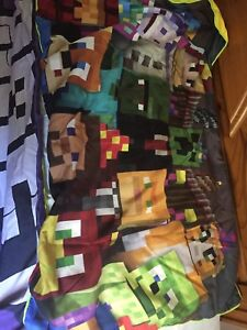 Minecraft Duvet and Two Pillow Shams