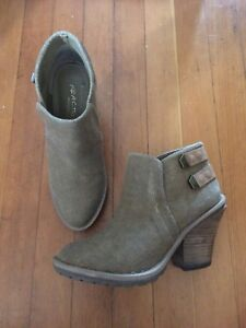 Kenneth cole size 7.5 booties