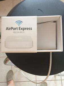 Apple Airport Express - 802.11n Wi-Fi