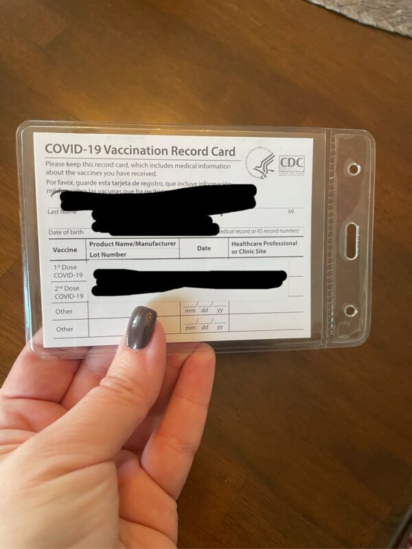 CDC Vaccine card holder (clear protective sleeve/pocket for vaccination card! *